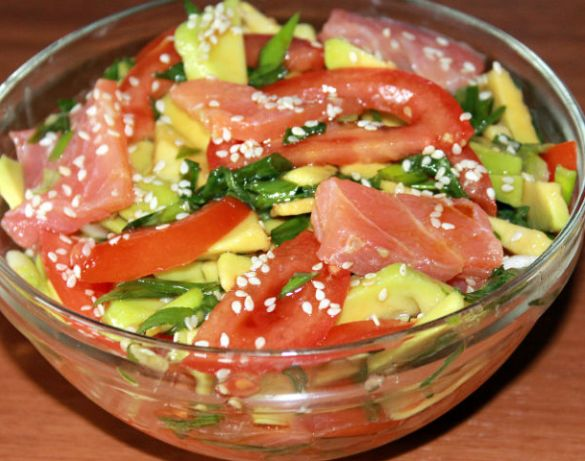 Рецепты салатов с красной соленой рыбой